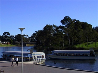 1-Day Best of Adelaide Tour including Torrens River Cruise