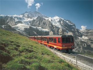 1-Day Grindelwald & Interlaken tour from Zurich