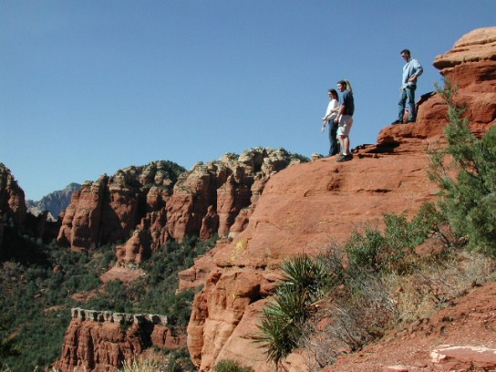 2-hr Scenic Rim Pink Jeep Tour from Sedona