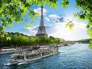 2-14 Day Paris,  Lucerne, Milan,  Frankfurt, Amsterdam Europe Explorer Flexible Tour from Paris in English
