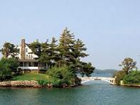 4-Day Niagara Falls, 1000 Islands and Toronto Tour from Boston with Airport Pick up