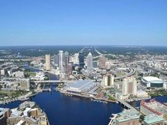 Helicopter Tour of Downtown Tampa and Tampa Bay Tour from Tampa