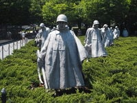 朝鲜战争纪念碑 (Korean War Veterans Memorial)
