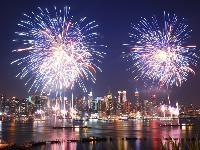 Hudson River Fireworks Dinner Cruise