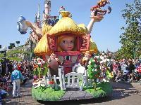 迪士尼乐园 (Disneyland)