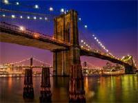 布鲁克林大桥 (Brooklyn Bridge)