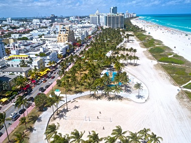 8-Day Miami, Everglades, Key West, Fort Lauderdale Christmas Tour from New York