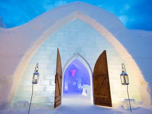 1-Day Ice Hotel, Quebec City Tour from Montreal
