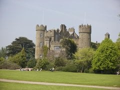 Malahide Castle and Coastal Tour