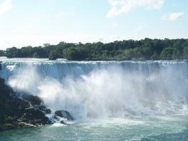 2-Day Niagara Falls, Finger Lakes and Outlet Shopping Tour from New York
