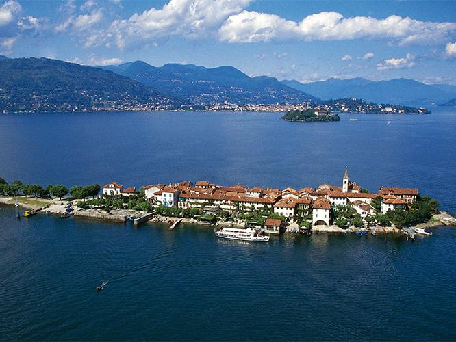 1-Day Trip to Lake Maggiore and Borromean Islands from Milan