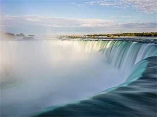 4-Day Toronto and Niagara Falls Tour from Toronto with Airport Transfers