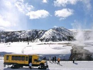 4-Day Yellowstone National Park Winter Tour From Salt Lake City