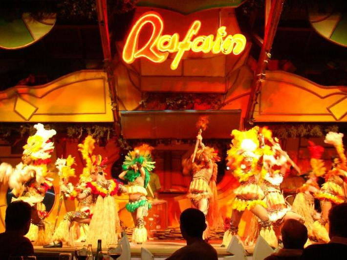 Folkloric Show & Dinner at Rafain Churrascaria from Puerto Iguazu
