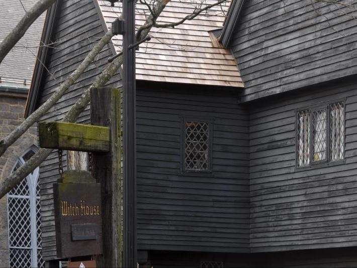 1-Day The Witch City - Salem and Marblehead Tour from Boston