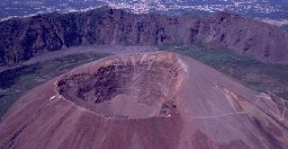 Half-Day Mount Vesuvius Sightseeing Tour from Naples