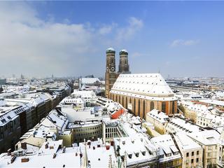 7-Day Prague, Budapest, Vienna, Munich, Zurich Tour from Frankfurt
