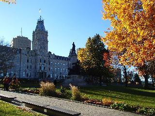 canada, quebec, hotel du parlement