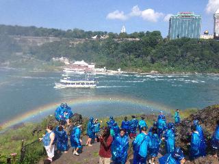 Niagara; rainbow; maid of the mist