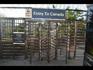 new york, niagara falls, entry to canada