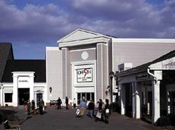1-Day Woodbury Common Premium Outlets Bus from Port Authority, New York