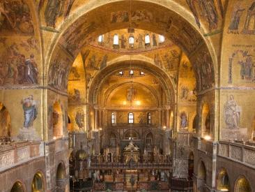 Saint Mars's, the Golden Basilica Guided Tour from Venice...