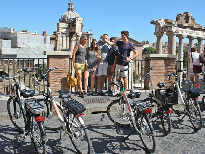 4-hour Rome Highlights by E-Bike Tour