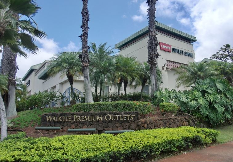 1-Day Waikele Outlet Shopping Tour from Honolulu