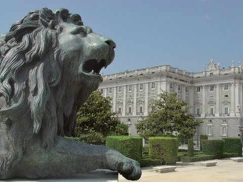 1-Day Royal Palace & Panoramic Tour from Madrid