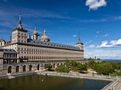 1-Day Toledo, Escorial & Valley of the Fallen Tour from Madrid...