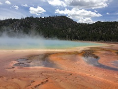 10-Day Yellowstone, Mt. Rushmore, Antelope Canyon and Grand Canyon Tour Package from Los Angeles