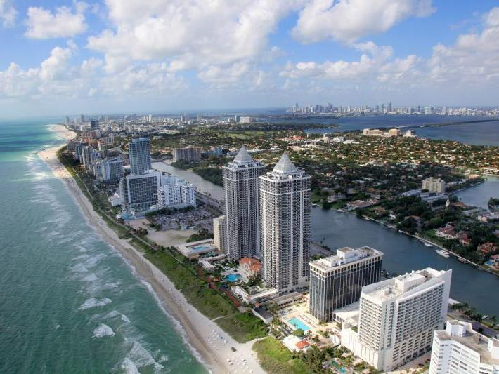 Miami in a day with Hop On Hop Off Open Top City Tour