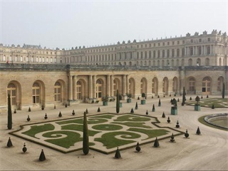 1 Day Versailles Tour from Paris with Eiffel Tower Pickup