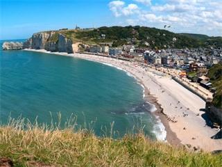 3 Day Normandy, Saint Malo, Mont Saint Michel & Loire Valley Tour from Paris