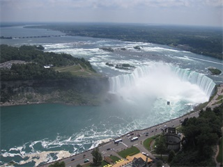 5-Day Montreal, Ottawa, Quebec, Niagara Falls and Thousand Islands Tour from Toronto