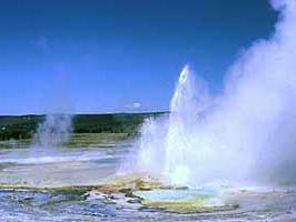 7-Day Yellowstone, Mt. Rushmore, Arches, Antelope Canyon Tour Package from Los Angeles/Las Vegas
