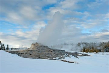 7-Day Yellowstone, Grand Teton, Jackson Winter Tour from Salt Lake City