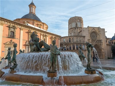 6-Day Andalucia and Valencia Tour from Barcelona