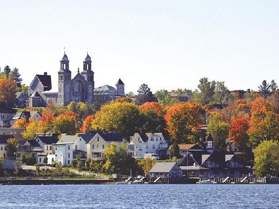 6-Day New England Fall Foliage Tour Vermont Route (Boston Airport Pickup/Transfer)