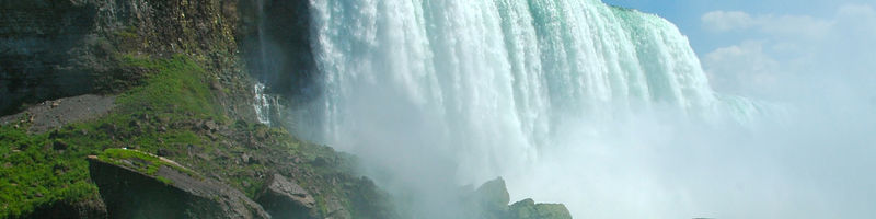 9-Day Toronto - Thousand Islands - Montreal - Quebec City - Bruce Peninsula - Overnight at Niagara Falls Tour from Toronto