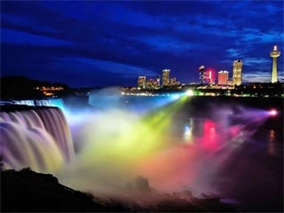 6-Day Canada East, Montreal, Ottawa, Toronto, Niagara Falls and Niagara-on-the-lake Tour from Montreal