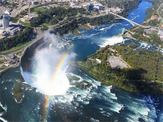 7-Day Canada East, Montreal, Ottawa, Toronto, Niagara Falls and Niagara-on-the-lake Tour from Montreal