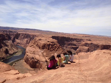 11-Day Yellowstone Overnight, East & South Rim Grand Canyon, Antelope Canyon and Theme Parks Tour from San Francisco