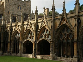 2-7 Days London, Paris, Cambridge, York, Edinburgh Europe Flexible Tour from Manchester in English