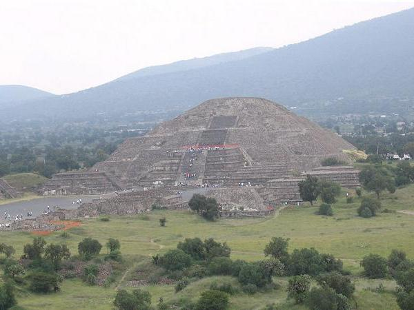 Spring Equinox in Teotihuacan