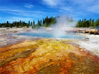 14-Day Yellowstone, Antelope Canyon, Zion, Theme parks and Bryce Canyon Package Tour from San Francisco