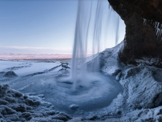 8-Day Circle of Iceland Guided Winter Tour from Reykjavik (Small Group)