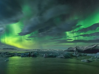 6-Day Highlights of South, East and North Iceland Guided Winter Tour from Reykjavik