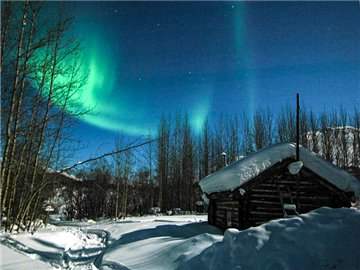 6-Day Borealis Basecamp, Arctic Circle, and Yukon River In-Depth Tour from Fairbanks with Airport Transfer