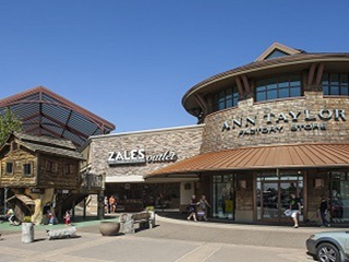 1-Day Portland Woodburn Premium Outlets Shopping
